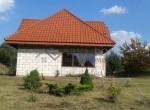 Dom wolnostojący nad jeziorem (2)
